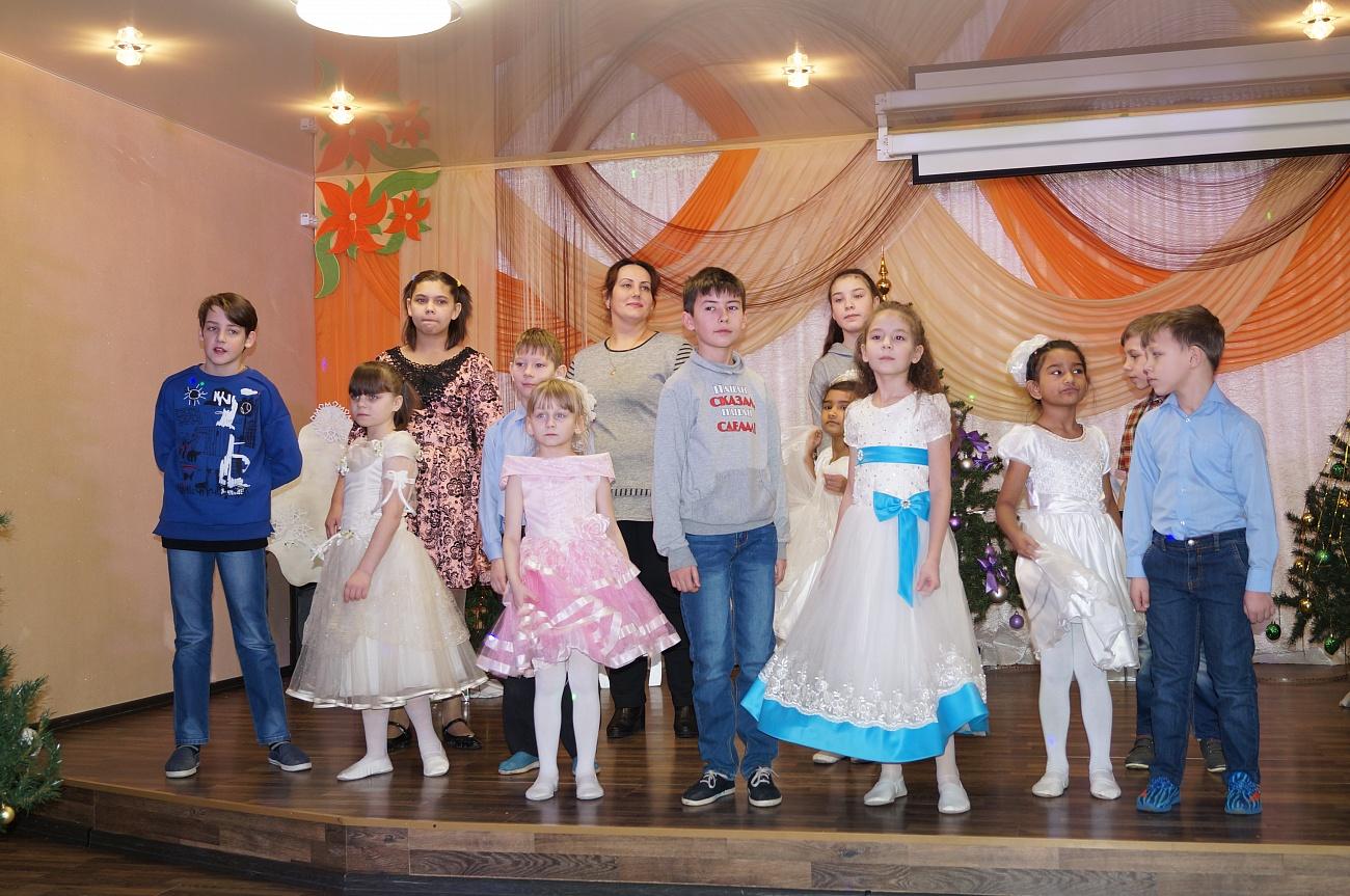 187472c51adc 13 января 2019 г. в канун старого Нового года ивановские казначеи посетили  воспитанников Фурмановского детского